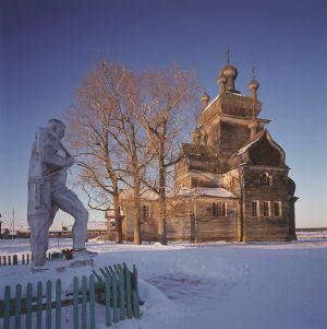 Kristuksen kirkastumisen kirkko (rak. 1781) Turtšasovo, Onegan piiri, Arkangelin alue Kuva: Richard Davies